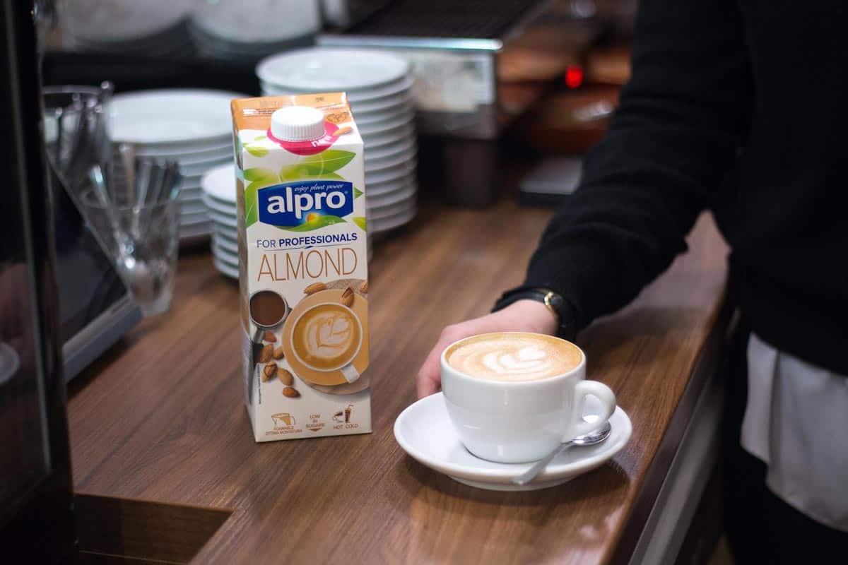 Выбираем растительное молоко для кофе