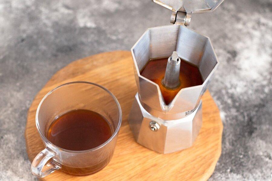 Как заварить кофе в гейзерной кофеварке