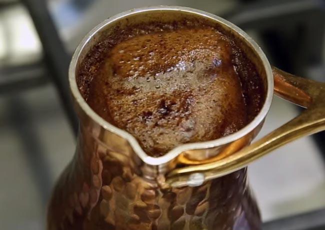 Как сварить кофе в турке с корицей